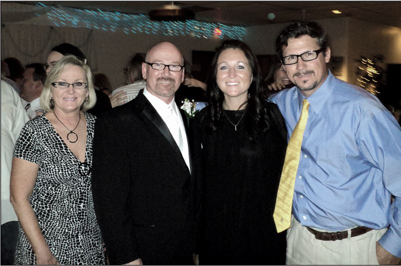 Jeff with his brother Richard, Sister Stephanie and niece Tiffani